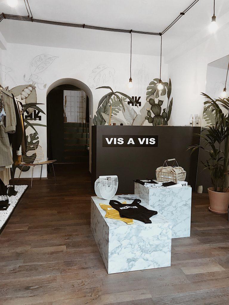 Vis a Vis - www.cest-design.at